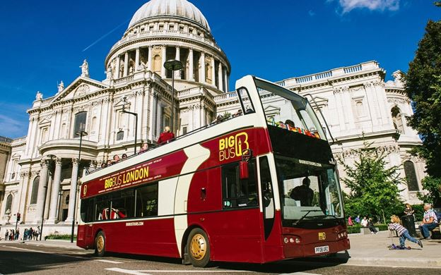 Hop on Hop off buses are a quick and easy way to see London's tourist hotspots